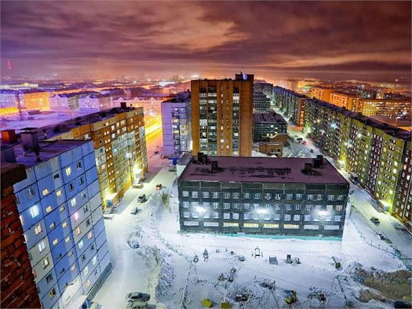 inside the coldest city in the world where it snows 270 days a year