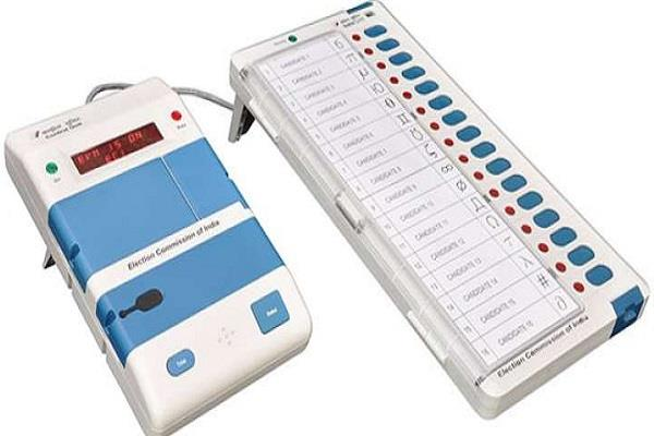 wooden boxes brought to the strong room about safety of evms