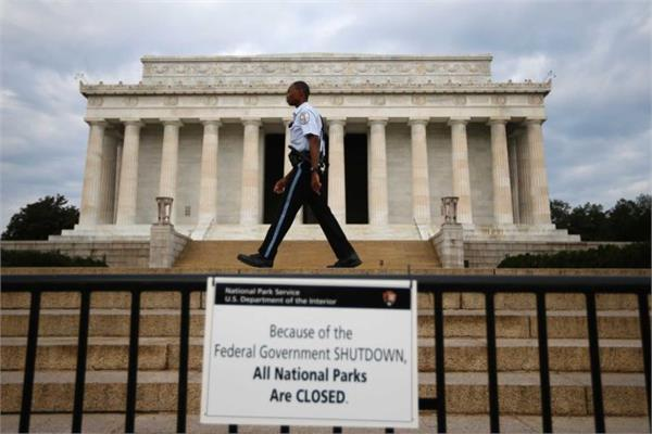 the impact of the shutdown the us government will remain functioning next week