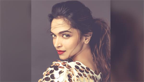 deepika padukone second time entitled as sexiest asian women