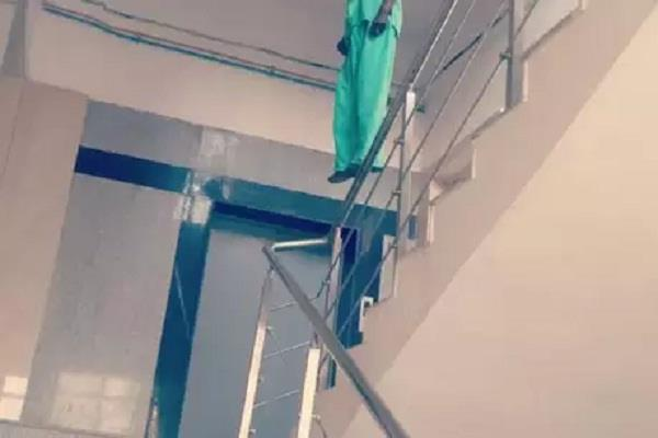 patient commits suicide in pgi premises in lucknow