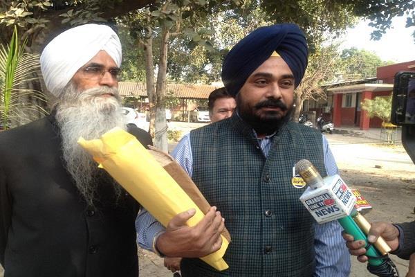 akali dal secretary filed case against kheda
