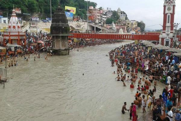 country 323 rivers very polluted ganga and jamuna also include