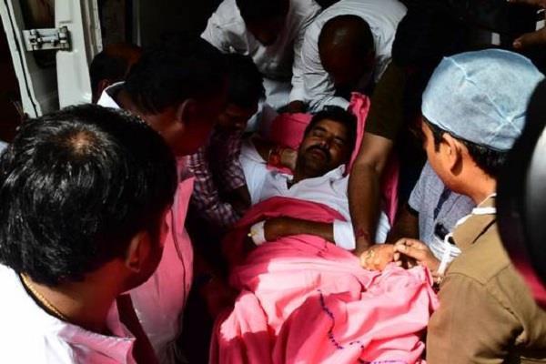 तेलंगाना में कांग्रेस उम्मीदवार पर हमला, भाजपा पर लगाया आरोप