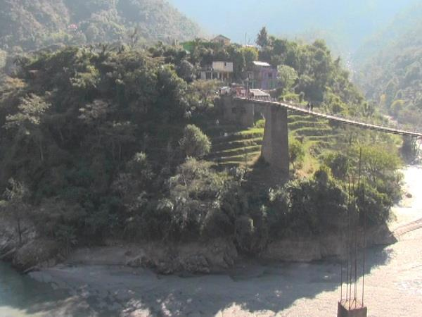 himachal first cable stayed bridge to be built in mandi