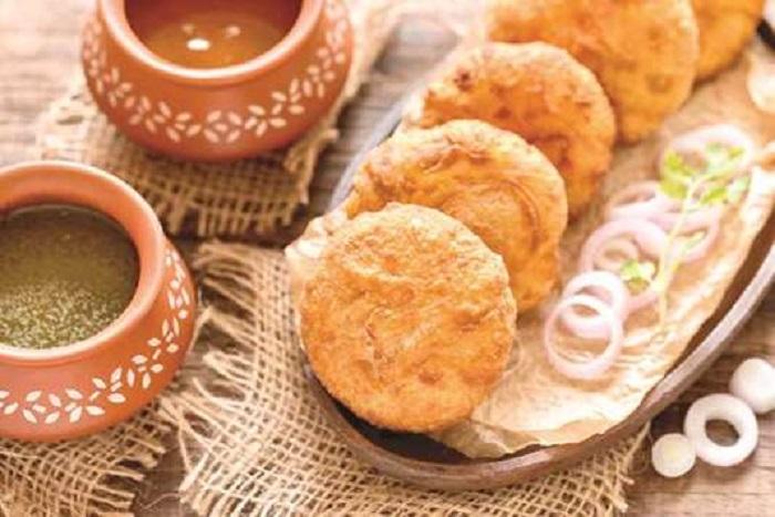 घर बनाकर खाएं सत्तू की कचौड़ी - sattu-ki-kachori-recipe - Nari Punjab Kesari