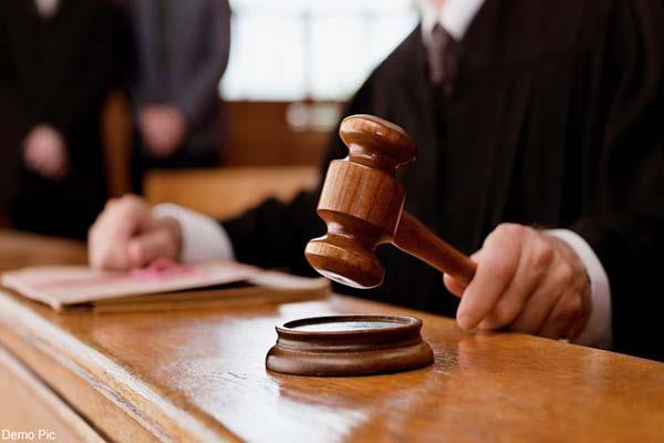 one year prisonment to accused in cheque bounce case