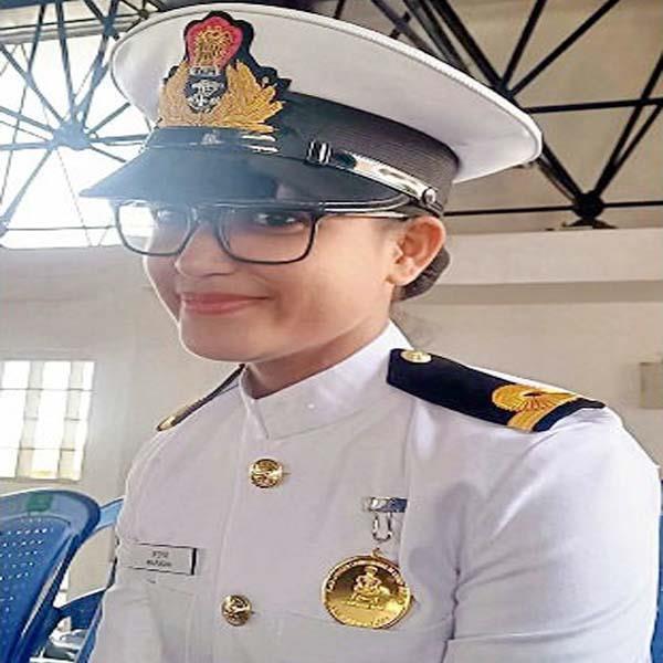 himachali daughter become lieutenant in navy
