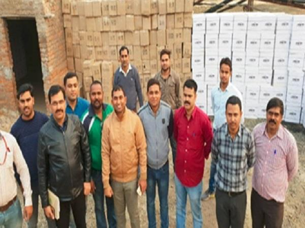 900 bags of rs 63 lakh seized illegal liquor
