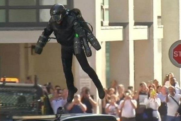 this suit will dream of flying launch of iron man