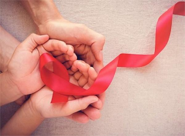 वर्ल्ड एड्स डे: बच्चों में कैसे फैलता है HIV एड्स, कैसे होगा बचाव?