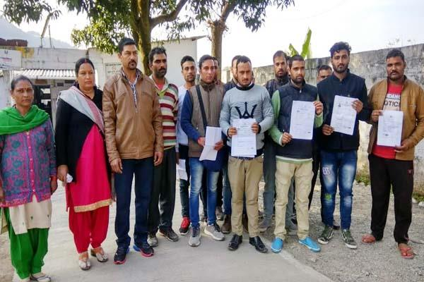 fruad with mandi s youth in the name of sending abroad