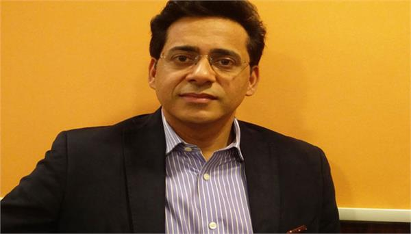 reliance appointed rajiv bakshi as chief executive officer