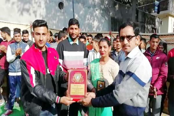 10 youth honored by adarsh acacdemy