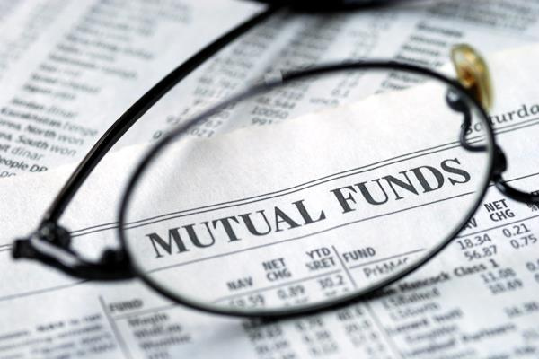 assets of the mutual fund industry increased by 1 24 lakh crore rupees