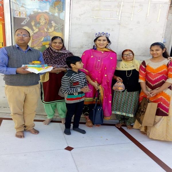 dr richa sharma won mrs punjaban kohinoor