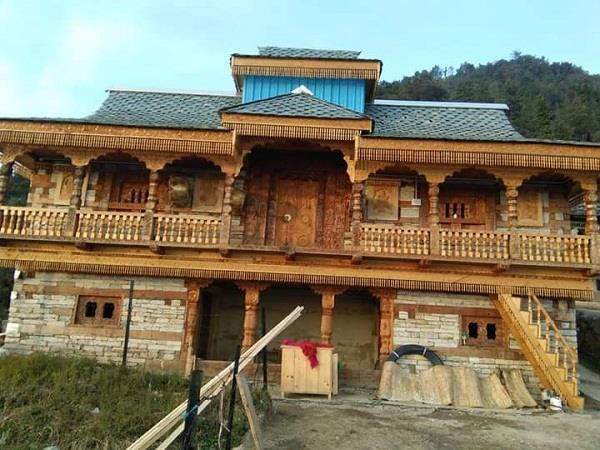restoration of hunglu nang temple made by god