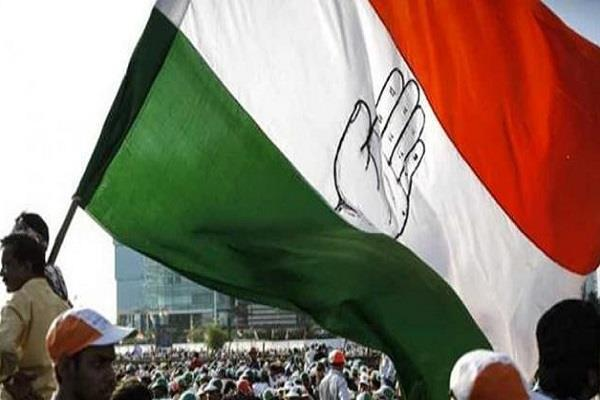 congress leaders meeting in delhi after exit poll