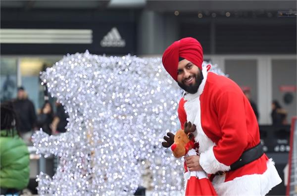 santa singh spreads joy on streets of canada  watch video