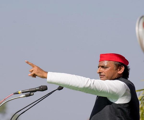 akhilesh declares non congress alliance in up