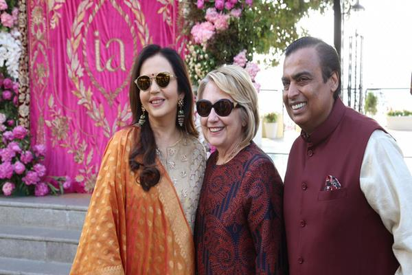 celebrities of isha ambani s wedding before
