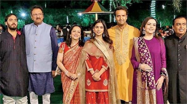 क्या सच में मुकेश अंबानी बेटी की शादी पर खर्च करेंगे 100 मिलियन डॉलर!