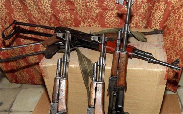 rifle snatchers arrested in kashmir