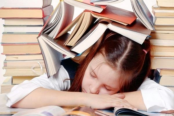 8 hours sleeper students do better in exams study
