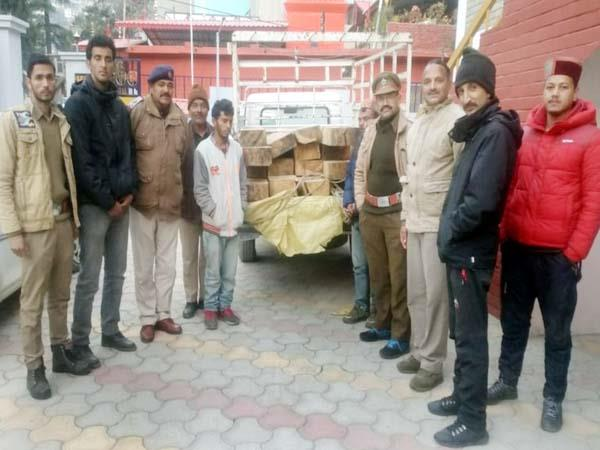 2 smuggler arrested with cedar s wood