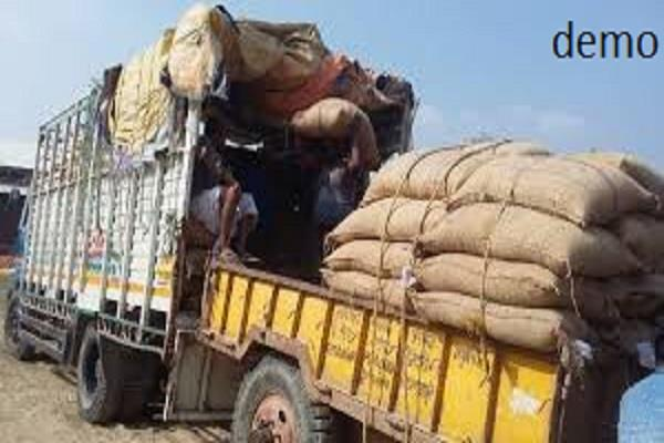 control 5 trucks paddy and one truck from barnala