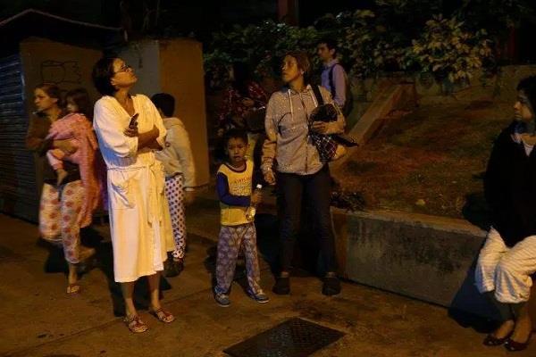 severe tremors of earthquakes in venezuela