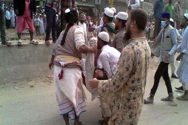 one killed in clashes between two factions of sunni muslims