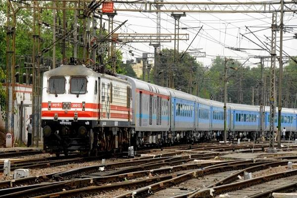 railway gift increase in quota for senior citizens and women