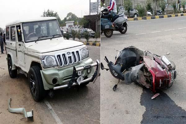 painful incident  scooty driver dies due to collision of bolero