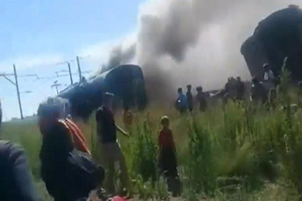 south africa 18 people died in train accident 254 injured