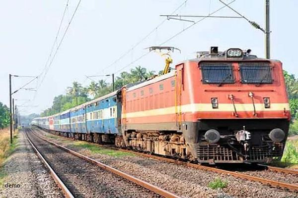 all trains and stations will be 12 lakhs of modern cctvs equipped with cameras