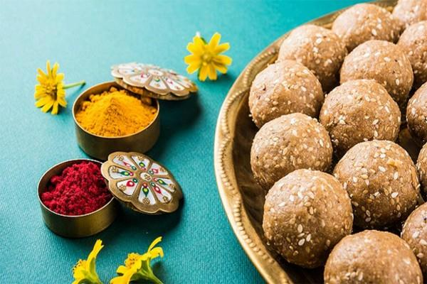 different places of india where makar sankranti celebrated in different ways