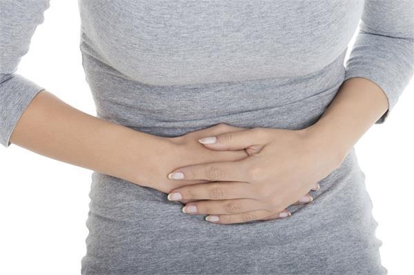 बच्चेदानी में क्यों आती है सूजन? इसके कारण जानकर करें इलाज