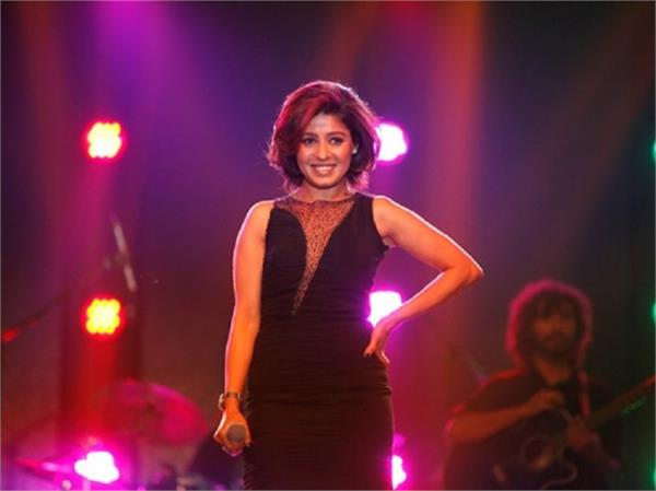 sunidhi chauhan becomes mother