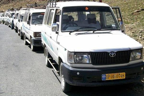 petrol diesel not meeting from lahaul in taxi services off