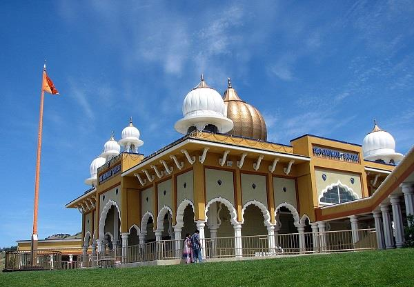 96 gurdwaras in us   ban   entry of indian officials