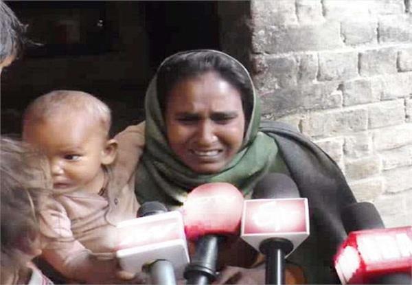 11 killed by poisonous liquor in barabanki
