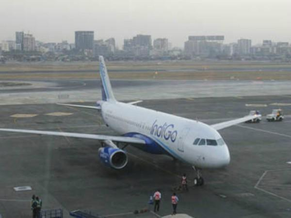 indigo plane going to bengaluru returns to mumbai airport  fail