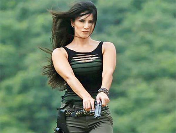 sunny leone action video