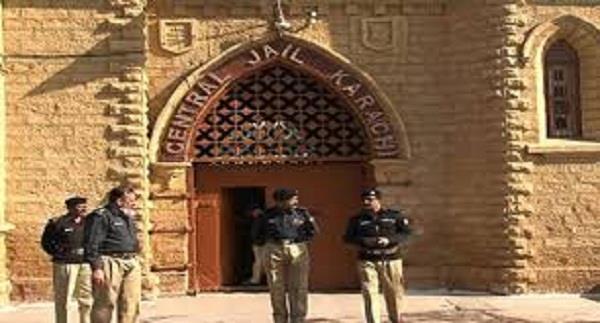 2 punjabi youths in karachi jail become mad