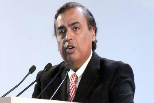 reliance will invest rs 5 000 crore in bengal  ambani