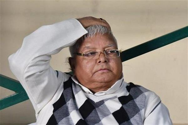 wellwishers of lalu left the jail