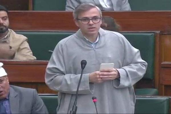 omar forces dy speaker to withdraw the ruling over ban on mobiles