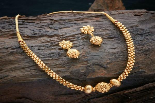gold prices fall 25 rupee silver prices fall