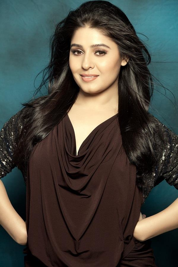 sunidhi chauhan blessed with baby boy
